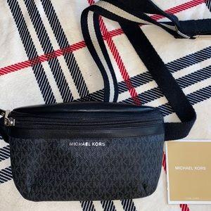 Michale kors bum bag